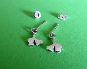 Zilveren oorbelstekertjes met bewegende ginkgo blaadjes